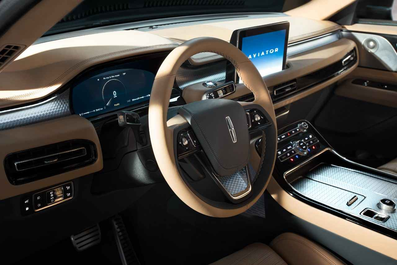 Interior of Lincoln Aviator Concept PHEV