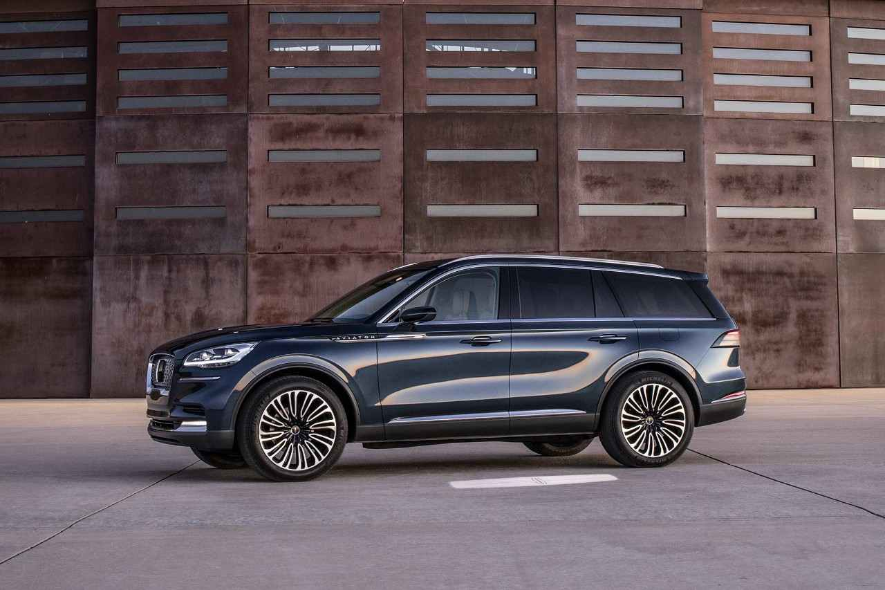 Design of Lincoln Aviator Concept PHEV