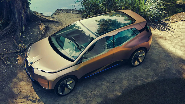 BMW Vision iNEXT exterior