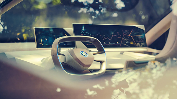 BMW Vision iNEXT interior